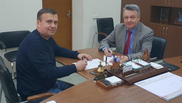 Signing an agreement with the largest city bus manufacturer in Ukraine